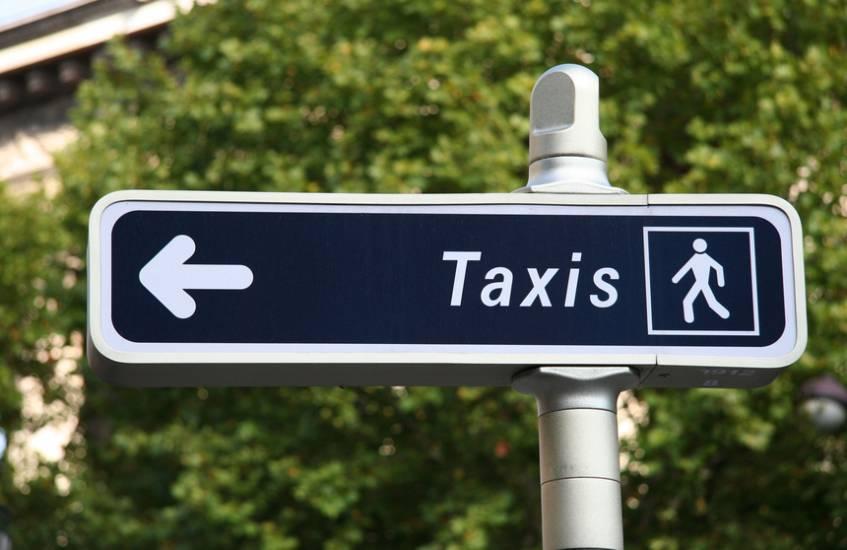 taxi ambulance de saint martin de crau vers istres taxi istres rs taxi. Black Bedroom Furniture Sets. Home Design Ideas